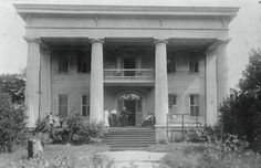 Lucas Mansion. Athens, GA. Demolished early 1950's Southern Architecture, Revival Architecture, Architecture Old, Beautiful Architecture, Old Mansions, Abandoned Mansions, Abandoned Buildings, Abandoned Places, Old Southern Homes