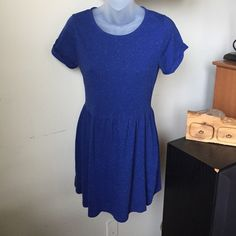 Topshop Speckle Dresses Jersey flippy with roll sleeve detail and nipped in waist. Length 86cm 80% Polyester,20% Linen. Machine washable. Topshop Dresses Midi