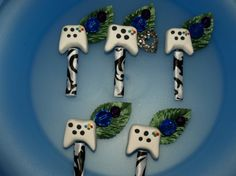 The perfect gamer-geek boutonnieres! | Offbeat Bride  I know since we play halo almost every night that when we get married it will also have to be some how mixxed in with our wedding lol  Nerds