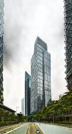 Sequis Tower / KPF | ArchDaily Tower Design, Sky Garden, Building Systems, High Rise Building, Design Strategy, Media Images, Throughout The World, How To Level Ground, Sustainable Design