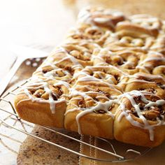 Cinnamon Streusel Rolls...Gooey streusel-filled rolls with only 5 grams of fat per serving.