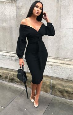 · Black Belted Bodycon Midi Dress Keep your summer look beyond classy in this luxe Black belted bodycon midi dress. With the bright colouring, body hugging fit and wrap front design along with the… Classy Dress, Classy Outfits, Chic Outfits, Dress Outfits, Dress Up, Bodycon Dress, Sweater Dresses, Black Midi Dress Outfit, Open Dress