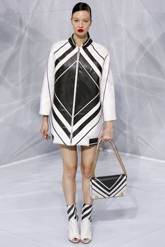 Anya Hindmarch Spring 2016 Ready-to-Wear Collection - Vogue