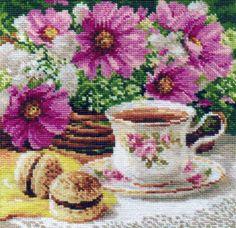 """Скачать Вышивка """"Утренний чай"""" бесплатно. А также другие схемы вышивок в разделах: Для кухни, Алиса, Натюрморты, Цветы"""