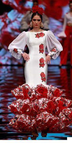 Carmen Vega, Simof 2017 Beautiful Dresses, Nice Dresses, Formal Dresses, Awesome Dresses, Spanish Dress, Spanish Dancer, Stylish Outfits, Fashion Outfits, Fashion Ideas