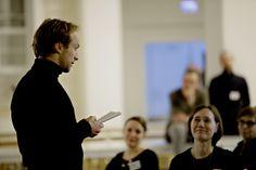 Morten Burian, skuespiller, gav en oplæsning om handling over for forandring.