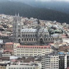 Quito (Ecuador) p. 1036