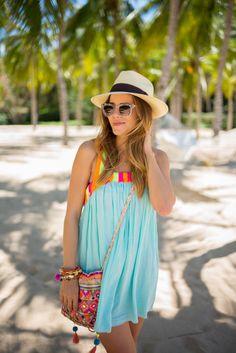 La Playa - Gal Meets Glam