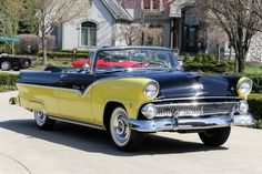 1955 Ford Fairlane Sunliner Convertible - Featuring a 272ci & Block V8 Engine and a 3-Speed Manual Transmission.