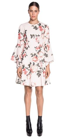 Discover the latest women's dresses from the new Cue collection. Shop our range of black dresses, evening dresses, floral dresses, casual dresses and… Buy Dresses Online, Blooming Rose, Crepe Dress, Evening Dresses, Casual Dresses, Bell Sleeve Top, Floral, Stuff To Buy, Shopping