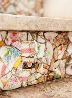 Xícaras, cerâmica, peças de dominó, moedas e até conchas: estes cinco objetos inusitados vão transformar os espaços e surpreender as visitas