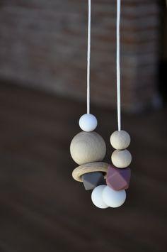 Collar de lactancia Anna. Collar de silicona y madera natural (haya). Elegante…