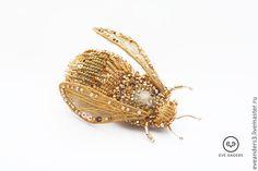 Купить Брошь - Julitta - золотой, бронзовый, брошь вышитая бисером, брошь вышитая, брошь, мотылек