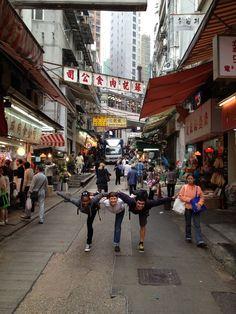 #yoga in #hongkong #unrollAYT with @lululemon athletica  @faithhunteryoga @Giselle Mari