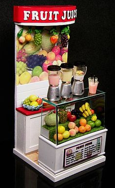 Miniature juice stand