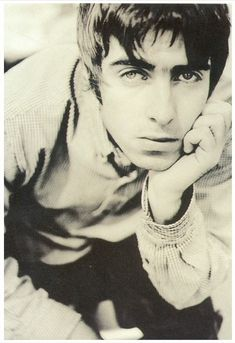 Liam Gallagher Oasis, Noel Gallagher, Band, Musicians, Sash, Bands, Music Artists, Composers, Orchestra