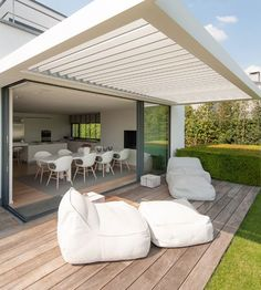 Opening Ceilings Whilst early inside principle, the particular pergola is experiencing a present day rebirth Pergola With Roof, Outdoor Pergola, Patio Roof, Outdoor Areas, Backyard Patio, Pergola Kits, Indoor Outdoor Living, Outdoor Rooms, Outdoor Decor