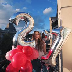 ♡ On Pinterest @ kitkatlovekesha ♡ ♡ Pin: Photography ~ Pink & Silver 21st Birthday Balloons ♡