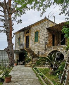 Castle House, Old Buildings, Beirut, Decoration, Old Houses, Middle East, Beautiful Homes, Travel Photography, Architecture