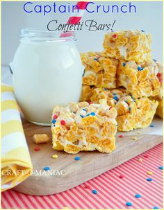 Captain Crunch Confetti Bars - I imagine you can use a natural marshmallow, healthier cereal and leave out the candy melts and it would still be yummy. Cereal Treats, Cereal Bars, Rice Krispie Treats, Rice Krispies, Just Desserts, Delicious Desserts, Dessert Recipes, Bar Recipes, Recipies