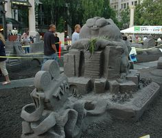 "Sand Sculpture, ""Sand in the City"" summer event. Pioneer Courthouse Square, Portland, OR (kirstenpdx, via Flickr) Summer Events, Fun Events, Living Room Photos, Sand Sculptures, Portland Oregon, Day Trip, Ducks, Summer Fun, Garden Sculpture"