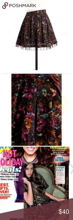"""Jack by BB Dakota Abstract Print Skirt Jack by BB Dakota pleated skirt! Super colorful and oh-so-stunning! Size 6 but runs small - this may be a better fit if you're sizing up from a 4! A-line waist, hidden zipper with hook and eye closure. 18"""" length taken from underlay; shell hem runs approx 1.5"""" shorter. Fully lined. Mix of colors. Brand new w/ tags!   NO TRADES NO OFF SITE  ✅POSH RULES ONLY ✅DOG FRIENDLY, SMOKE FREE HOME ✅FAIR OFFERS  PLEASE USE OFFER BUTTON!  ❓ASK IN THE COMMENTS…"""