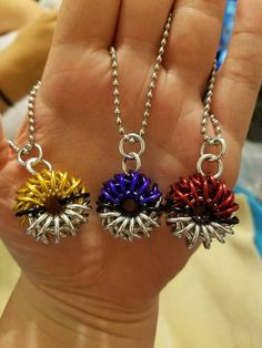 Chainmaille Pokéball necklace set of 3 pendants