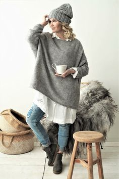 Bypias easy strickpullover knit jumper bypias ootd autumnoutfit autumn ju autumn autumnoutfit bypias jumper knithatfashion strickpullover laced up boho fashion Knit Fashion, Look Fashion, Winter Fashion, Womens Fashion, Beanies Fashion, Boho Fashion Over 40, Hippie Fashion, Fashion Black, Long White Shirt