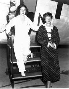 Amelia Earhart and Laura Ingalls - What an amazing picture. Two very inspirational women with Kansas ties.