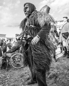 #mamuthones #issohadores #fuochidisantantonio #mamoiada #barbagia #carnevale #sardegna #tradizione #sardinia #cerdena #sardinianexperience #blackandwhite #lanuovasardegna #bw #bwphotography #tanielli by insta_tanielli - via http://ift.tt/1zKqJ1x