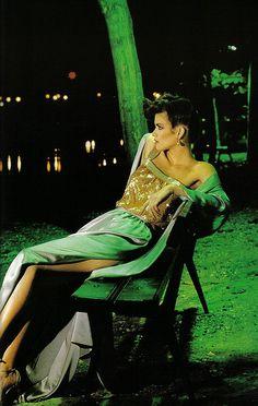 Beautiful dress. Harper's Bazaar Italia, 1978.
