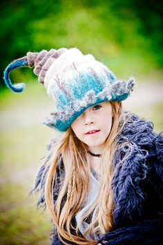Felt work/hat/fantasy  @Viltwerk Lieneke Holtermans foto: Ilona Hartensveld