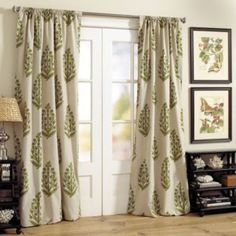 Sliding Glass Door Window Treatments Curtains - for more French Door Curtain Ideas visit www.homeizy.com/french-door-curtain-ideas/                                                                                                                                                     More