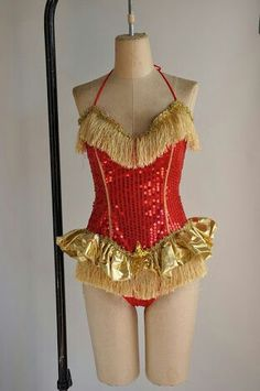 Vintage rare showgirl costume - red and gold sequin plus size dance costume, via Etsy. Jazz Costumes, Pop Culture Halloween Costume, Creative Halloween Costumes, Disney Costumes, Easy Halloween, Halloween Party, Showgirl Costume, Circus Costume, Cabaret