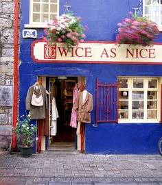 Think of Galway City as Ireland's playground. A place to unwind, kick back, and enjoy yourself. Your wallet needn't take a beating here, either. In fact, you can have a ball in the City of Tribes without spending a cent! Here are 10 things to do in Galway City for free (or next to nothing)…