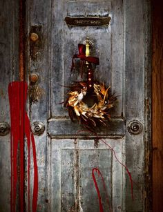 Tee itse ovikoriste höyhenistä Bottle Opener, Sconces, Wall Lights, Wreaths, Home Decor, Chandeliers, Appliques, Decoration Home, Door Wreaths