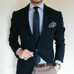 Blue Blazer Outfit, Blazer Outfits Men, Mens Fashion Blazer, Stylish Mens Outfits, Suit Fashion, Classy Fashion, Pants Outfit, Der Gentleman, Gentleman Style
