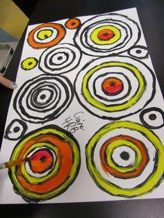 painting circles - cercles en peinture