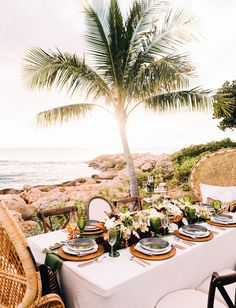 Four Seasons Oahu Hawaiian wedding tablescape