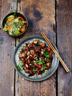 Kung Pao chicken - classic Chinese dish from the Szechuan province - spicy, slightly sweet & incredibly delicious