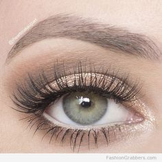 | Soft shimmery eye makeup for green eyes |