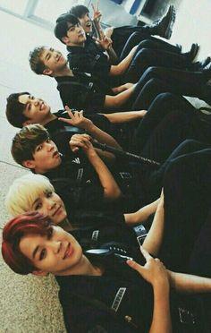 Yoomin vkook y namjin Y. Bts Group Picture, Bts Group Photos, Bts Jimin, Bts Bangtan Boy, Taehyung, Foto Bts, Kpop Love, K Pop, Got7