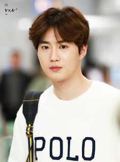 Image uploaded by 두이구. Find images and videos about exo, suho and black hair on We Heart It - the app to get lost in what you love. Kris Wu, Luhan And Kris, Baekhyun Chanyeol, Chen, F4 Boys Over Flowers, Flower Boys, Kai, Exo Korea, Kim Joon Myeon