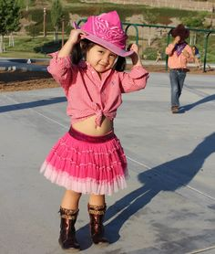 Homemade cowgirl costume ideas cowgirl costumes pinterest homemade cowgirl costumes httpgreathalloweencostumes solutioingenieria Gallery