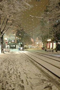 EVENING WINTER SNOW
