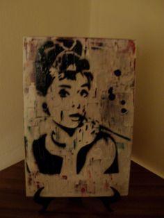 tela.spray paint stencil art.