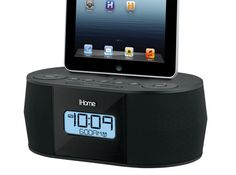 ID38 Radiosveglia FM per iPhone, iPod e iPad + Aiino Bluetooth Receiver | electromania.co --> prezzo 68.99€ #passalaparola