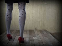 Grey tights red shoes yes yes YES!