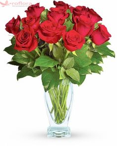 This romantic bouquet includes one dozen red roses accented with lush greenery. Delivered in a clear glass rose vase. Valentines Flowers, Mothers Day Flowers, Valentine Gifts, Red Rose Arrangements, Flower Arrangement, Send Roses, Send Flowers, Dozen Red Roses, Red Rose Bouquet