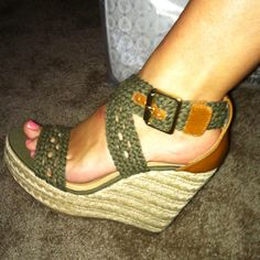 My sexy new Steve Madden wedges